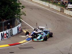 Terugblik: Eerste titel Schumacher na botsing met Hill in Adelaide in 1994