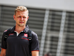 "Steiner says Magnussen has to ""ruffle feathers"""