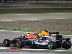 "Ricciardo: Verstappen was ""too greedy"" with Hamilton overtake"