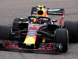 Verstappen sets the pace in FP1