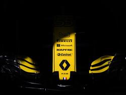 Alain Prost hint op langer verblijf Carlos Sainz bij Renault