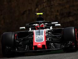 """Steiner: """"Haas F1 must work hard to keep Magnussen"""""""