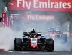 Magnussen: Midfield drivers have to be more aggressive than title contenders