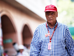 Lauda leaves hospital after  influenza treatement