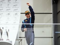 Albon nieuwe gegadigde voor Toro Rosso-stoeltje