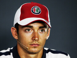 <strong>Officieel:</strong> Leclerc vervangt Raikkonen en is Ferrari-coureur in 2019