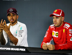 Hamilton is 'paying no attention' to Vettel's mistakes
