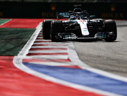 <strong>FP2:</strong> Hamilton fastest, Mercedes pull clear from Ferrari