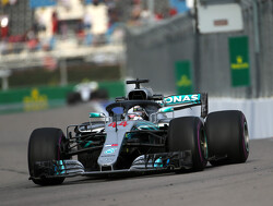 <strong>FP3:</strong> Hamilton leads Mercedes 1-2