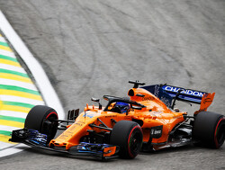 McLarens penalised for ignoring blue flags