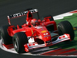 Ferrari F2002 van Michael Schumacher in november onder de hamer