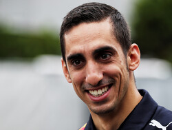 Buemi stays with Red Bull in reserve role