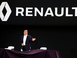 Ghosn steps down as Renault CEO