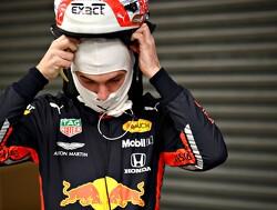Testdag 4: Versnellingsbak houdt Verstappen op 29 ronden, Hamilton nadert Vettel