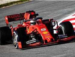<b>Testdag 1</b>: Niemand kan tippen aan tijd Vettel, Verstappen eindigt op P4
