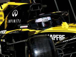 Ricciardo onthult in Australië 'funky, artistiek' nieuw helmontwerp