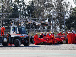 Sainz tops morning session as Vettel crashes