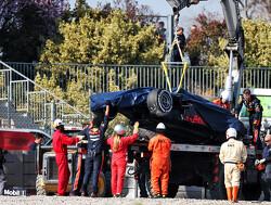 <b>Testdag 3</b>: Zware crash Gasly in middagsessie, toptijd Leclerc blijft staan