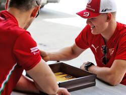 Schumacher voelt zich '100 procent klaar' voor eerste Formule 2-race