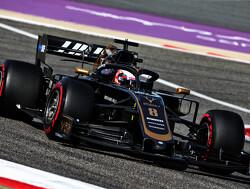 Testupdate: Grosjean halverwege de snelste in regenachtig Bahrein