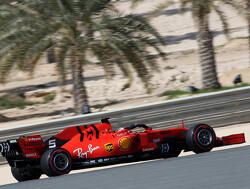 <b>VT2</b>: Vettel neemt eerste plaats over van Leclerc, Verstappen zesde