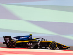 Ghiotto storms to pole for Bahrain feature race