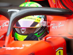 """Binotto: """"Mick Schumacher leek erg op zijn vader tijdens test"""""""