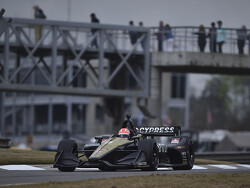 Hinchcliffe tops disrupted final practice