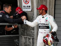 """Lewis Hamilton: """"Geweldig om één-twee te scoren in duizendste race"""""""