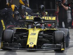 Ricciardo making improvements with 'knife-edge' braking