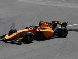 Aitken wins feature race amid Baku chaos
