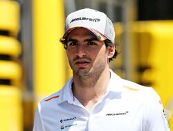 """Carlos Sainz: """"Altijd hetzelfde resultaat is pijnlijk voor de Formule 1"""""""
