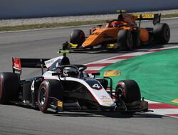 Zege voor sterke Nyck de Vries in sprintrace Formule 2 in Spanje