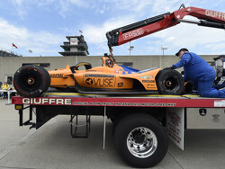 Indianapolis 500 test-trails : Zware crash Fernando Alonso
