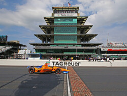 Alonso suggests Indy 500 return will be impossible with Renault