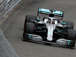 <strong>FP2:</strong> Hamilton stays on top as Mercedes pulls clear