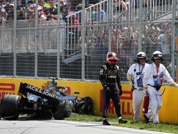 Magnussen to take pit lane start following Q2 crash