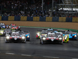 Toyota aan de leiding, Vandoorne vecht voor derde plaats