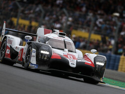 24 Hours of Le Mans: Alonso, Buemi and Nakajima win ahead of sister Toyota car