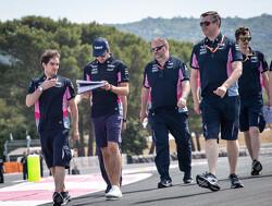 Meer 'bollards' (paaltjes) tijdens aankomende Grands Prix