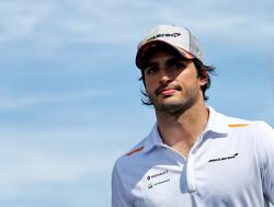Carlos Sainz begint YouTube-kanaal en geeft inkijk in zijn F1-leven