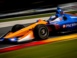 FP1: Dixon fastest ahead of Newgarden
