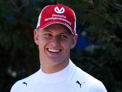 Nieuwe generatie Schumachers rammelt aan Formule 1-poort