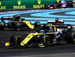 """Hamilton laat zich uit over Ricciardo: """"Hij verdiende geen straf"""""""