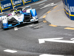 Qualiyfing: Sims on pole, Buemi out of championship contention