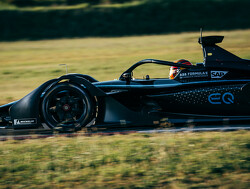 Mercedes sets launch date for its 2019/20 Formula E car