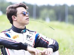 De Vries pakt pole position voor hoofdrace in Oostenrijk