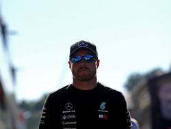 Mercedes aiming to give Bottas 'soft landing' if he loses drive