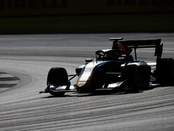 Qualifying:  Vips leaves it late to take Feature Race pole