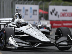 FP2: Pagenaud moves to the top